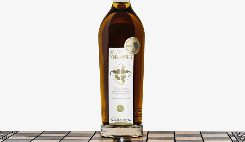 Local products LICOR DE HIERBAS